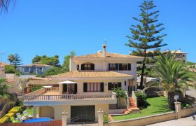 CHALET in Porto Cristo with turistic licence and seaviews — CH 55 a – CH 533 KN