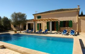 Grosses Chalet – Finca mit Pool in Felanitx – Son Mezquida  — F 251