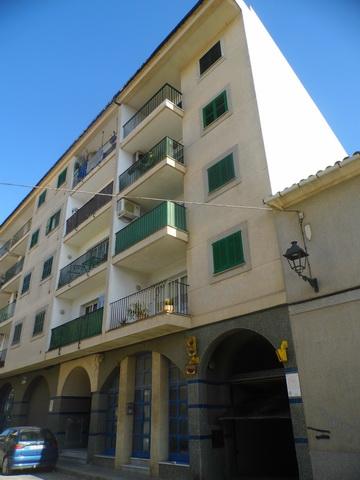 Apartamento luminoso en el centro de felanitx ap 358 for Pisos alquiler felanitx