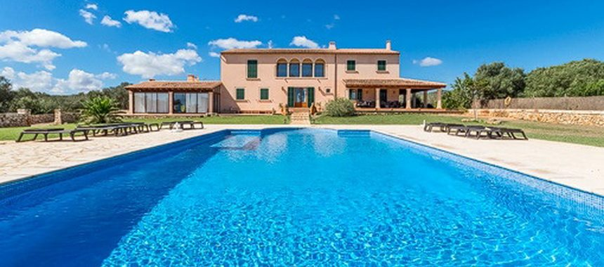 Imposant Finca with 360 views to the sea and pool near Portocolom —- F 30314 MS