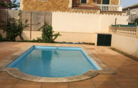 Neubauchalet mit Pool in Bahia Azul — CH 780