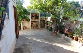Schönes Dorfhaus mit Garten und Terrasse in Alqueria Blanca — DH 30148 MS